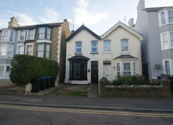 2 bed property to rent in Alexandra Road, Broadstairs CT10