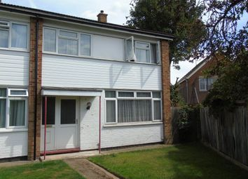 Thumbnail 3 bed property to rent in Parlaunt Road, Langley, Slough