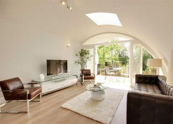 Thumbnail 3 bed property for sale in Richmond Road, New Barnet, Hertfordshire