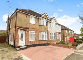 Thumbnail 2 bedroom maisonette for sale in Kenerne Drive, High Barnet
