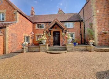 Moss End, Warfield, Bracknell RG42. 5 bed detached house for sale