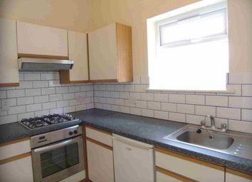 Thumbnail 2 bed flat to rent in Askew Rd, Shepherds Bush