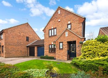Thumbnail 3 bed link-detached house for sale in Scholey Close, Halling, Kent