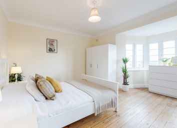 Thumbnail 1 bed property to rent in Great West Road, Hounslow