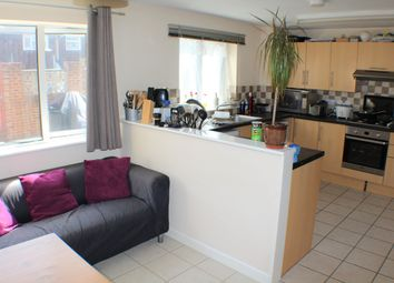 Thumbnail Room to rent in Lynsted Close, Ashford