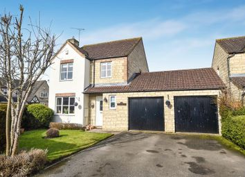 Thumbnail 4 bed detached house for sale in Goldcrest Way, Bicester