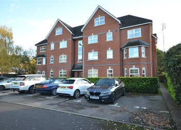 2 bed flat for sale in St. Francis Close, Crowthorne, Berkshire RG45