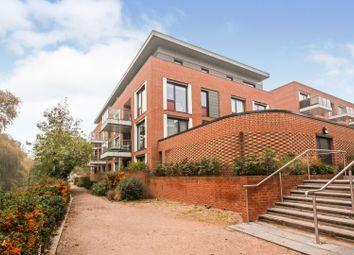 2 bed flat for sale in Knaresborough Drive, Earlsfield SW18