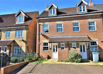 Thumbnail 3 bed town house for sale in Ravel Close, Stamford