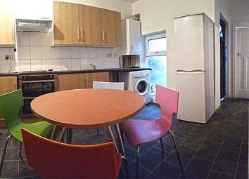 Thumbnail 3 bed flat to rent in Platt Lane, Fallowfield, Manchester