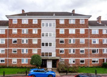 3 bed flat for sale in Courtlands, Sheen Road, Richmond TW10