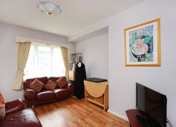 Thumbnail 1 bed flat to rent in Nevitt House, Old Street