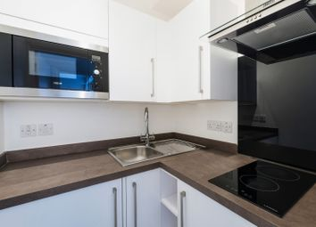 Thumbnail 1 bed flat to rent in Dolphin Square, Westminster