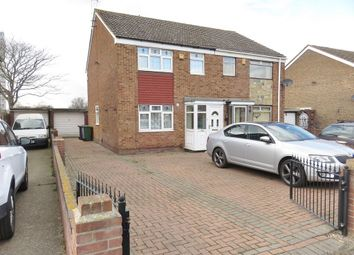 3 bed semi-detached house to rent in Northview Avenue, Tilbury RM18