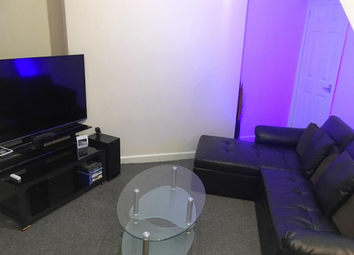 Thumbnail 2 bedroom property to rent in Halesowen Road, Dudley