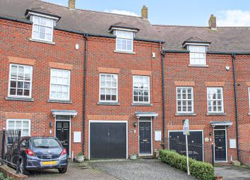 Thumbnail 5 bed property for sale in Goldsmith Way, St.Albans