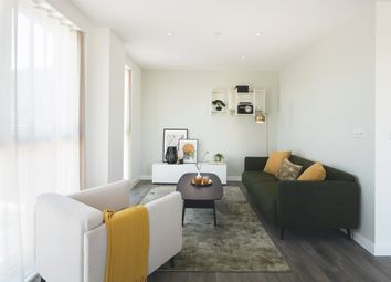Thumbnail 3 bed flat for sale in St Ives Road, Maidenhead