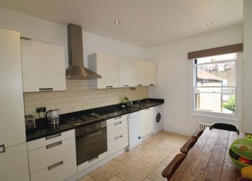 2 bed maisonette to rent in Dempster Road, Wandsworth SW18