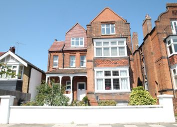 Thumbnail 2 bedroom property to rent in Cadogan Road, Surbiton