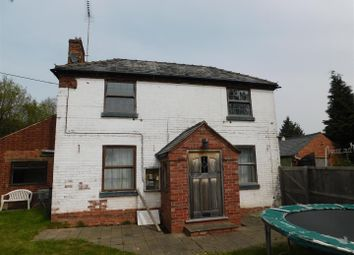 Thumbnail 4 bed cottage to rent in Worcester Road, Titton, Stourport-On-Severn