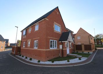 Thumbnail 4 bed detached house for sale in Foreman Road, Wakefield, West Yorkshire