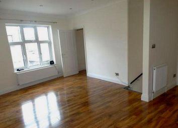 2 bed maisonette to rent in Faversham Road, Beckenham BR3