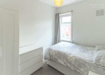 Thumbnail Room to rent in Richardson Street, Heaton, Newcastle Upon Tyne, Tyne And Wear