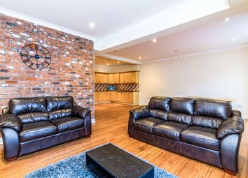 2 bed flat to rent in Baxter Mews, Sheffield S6