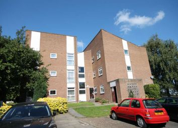 Thumbnail 2 bed flat to rent in Kempton Close, Erith