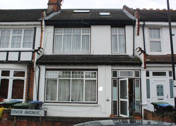 Thumbnail Room to rent in River Avenue, Palmers Green
