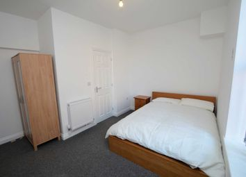 Room to rent in The Mall, Gold Street, Kettering NN16
