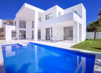 Thumbnail Villa for sale in Puerto Del Capitan, Benahavis, Malaga