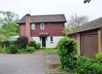 Thumbnail 3 bed detached house to rent in Copperfields, Fetcham, Leatherhead
