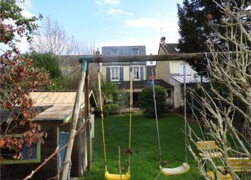 Thumbnail 4 bed town house for sale in Pays De La Loire, Sarthe, Le Mans