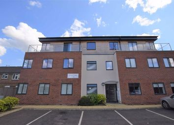 Thumbnail Flat for sale in Court View, Watford, Herts