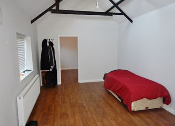 Thumbnail 1 bed flat to rent in Lower Road, Cookham, Berkshire