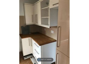 Room to rent in Leavesden Road, Watford WD24