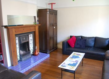 Thumbnail 3 bed maisonette to rent in Gibson Close, Bethnal Green