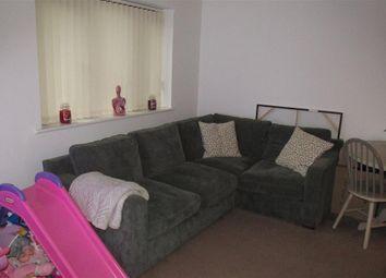 Thumbnail Flat to rent in Glebe Road, Loughor, Swansea