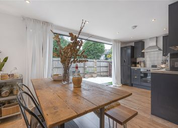 2 bed maisonette for sale in Oakfield Road, Southgate, London N14