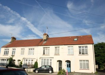 Thumbnail 2 bed flat to rent in Nelson Road, Leigh-On-Sea