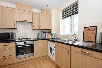 Thumbnail 4 bed town house for sale in Stone Court, Maidenbower, Crawley, West Sussex