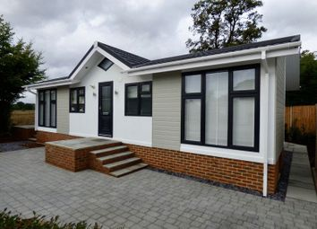 Thumbnail 2 bed mobile/park home for sale in Barataria Park, Ripley, Woking