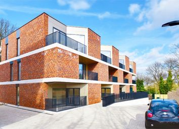 Thumbnail 2 bedroom flat for sale in Pinnacle, Muswell Hill, London