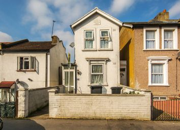Thumbnail 2 bed property for sale in Whitehorse Road, Croydon