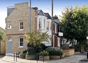 2 bed maisonette for sale in Greenside Road, London W12