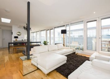 Thumbnail 1 bed flat for sale in Rufford Mews, Islington