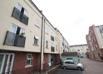 Thumbnail 2 bed flat to rent in Waterloo Road, Old Market, Bristol
