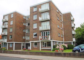 Thumbnail 2 bedroom flat to rent in Wykeham Road, Worthing