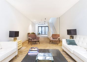 3 bed flat for sale in Hatton Wall, London EC1N